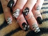 Zebra art with 3D Bows