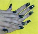 black & yellow again
