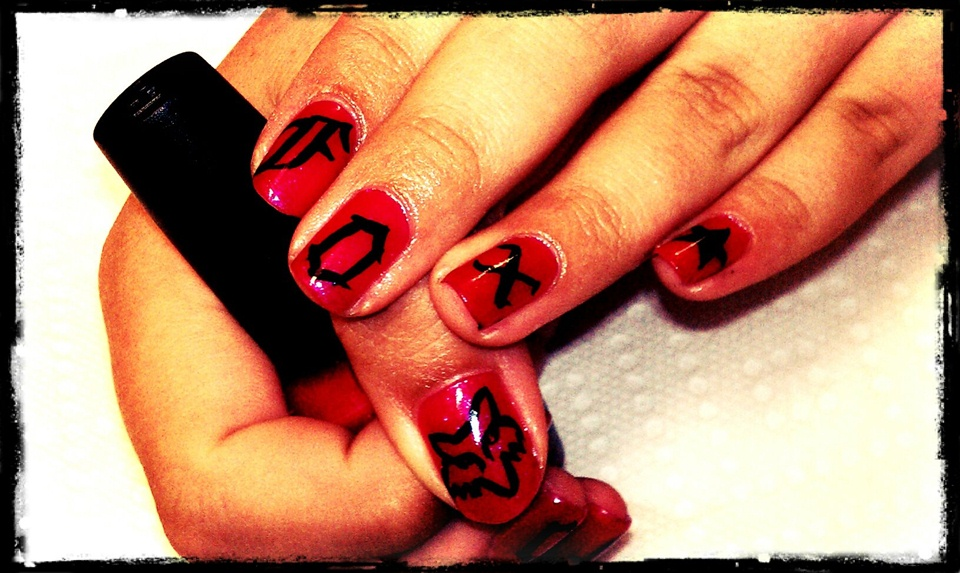 Fox Racing - Nail Art Gallery