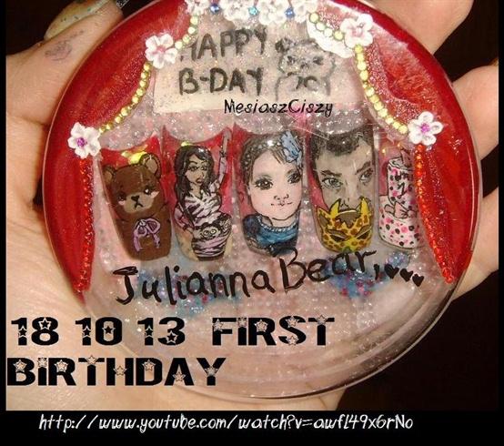 julianna bear nails