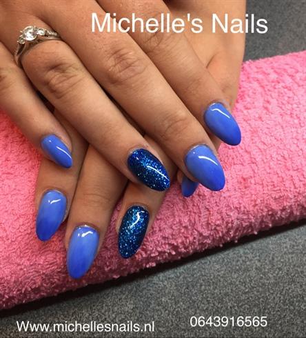Bleu Glitter