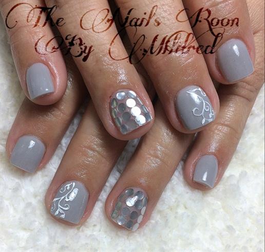 Grey Xtra Short Nails