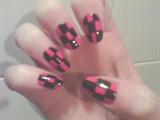 Checkered Nail Design. Pink and Black.