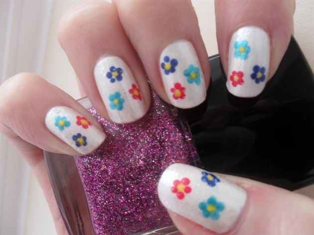 Dotted Flowers. :)