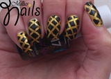 Gold Lattice Nails
