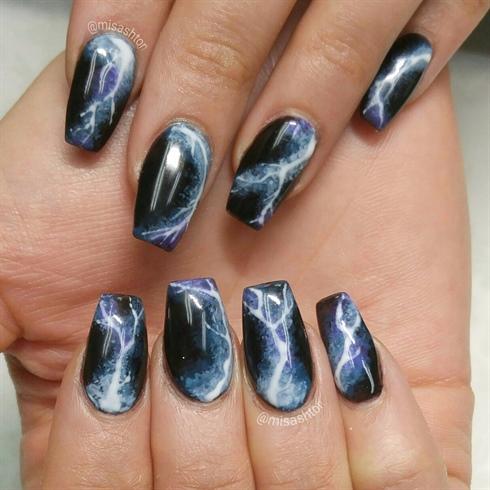 Lightning Nails