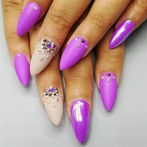 Swarovski Nail Design