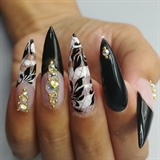 Lingerie nails