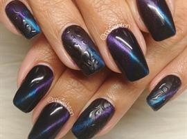 Cateye nail art