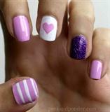 Girly Valentine's nails