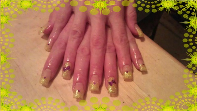 yellow glitter tips