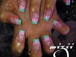 nail art: Love <3