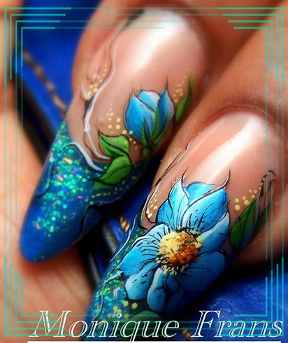 Acrylic nails with hand painting