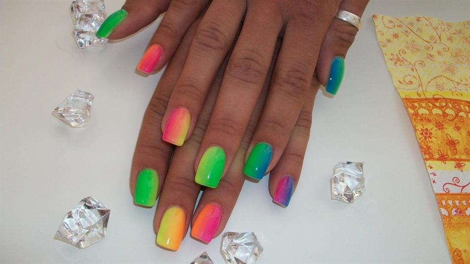neon rainbow... - Nail Art Gallery