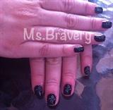Simple & Feminine dark Nails