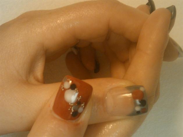 acrylic dots thumbs
