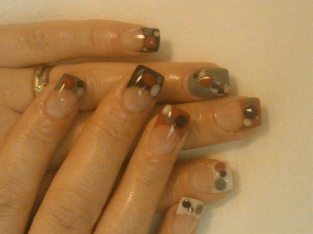 acrylic dots