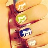 Rainbow-Star Nails