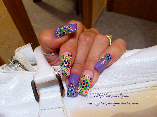 Summer Nail Art With Dotting Tool