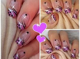 nail art: Cute Polka Dots Nail Art