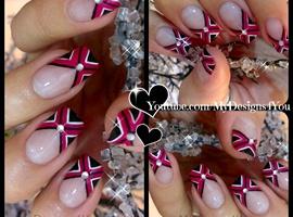 Criss Cross Fuchsia Nail Art