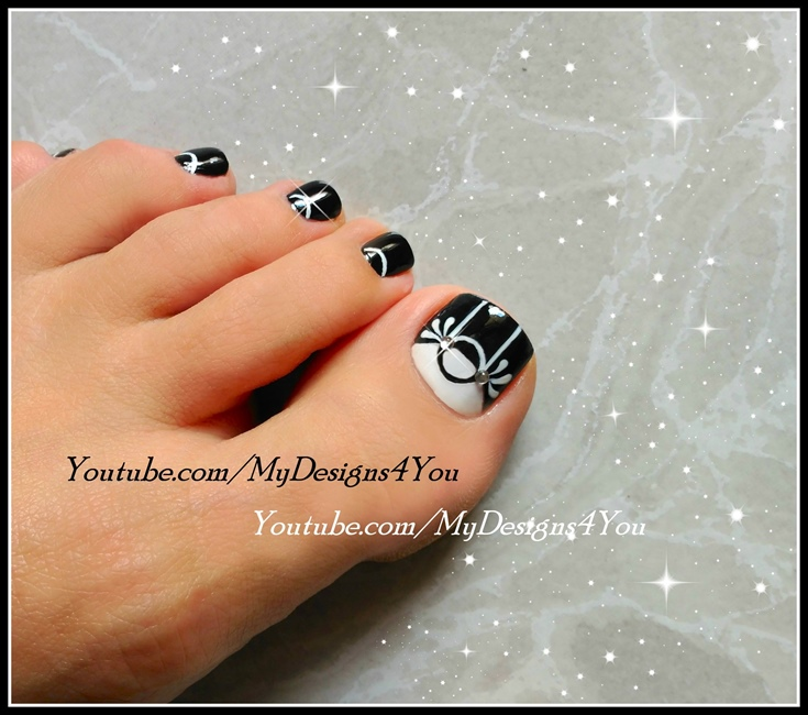 Nail art gallery toe nail art nail art photos black amp white toenail art design prinsesfo Choice Image