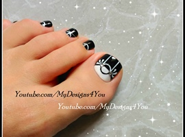 nail art: Black & White Toenail Art Design