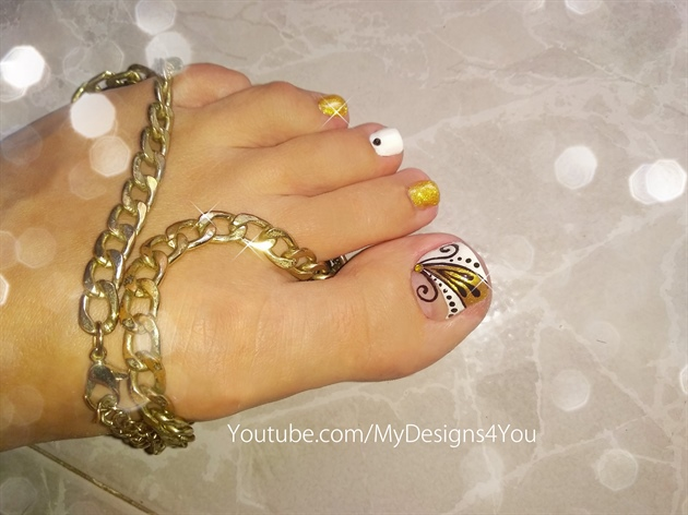Gold Toenail Art Design