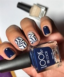 Midnight & Creme WaterMarble