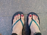 new pedi,cool cherry red color!