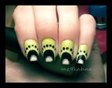 Green & Dots