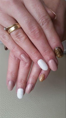 Gel Polish# Glitter Nails #nude#baige#