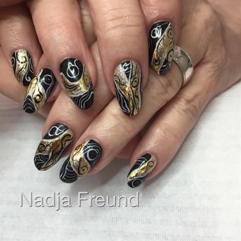 Gold Black Fun
