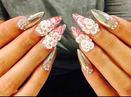 nail art: Chrome Vs 3d