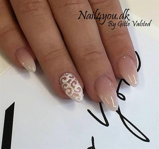 Gele glimmer negle Gel nails