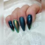Pigment Nails