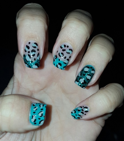 Turquoise/Grey Leopard