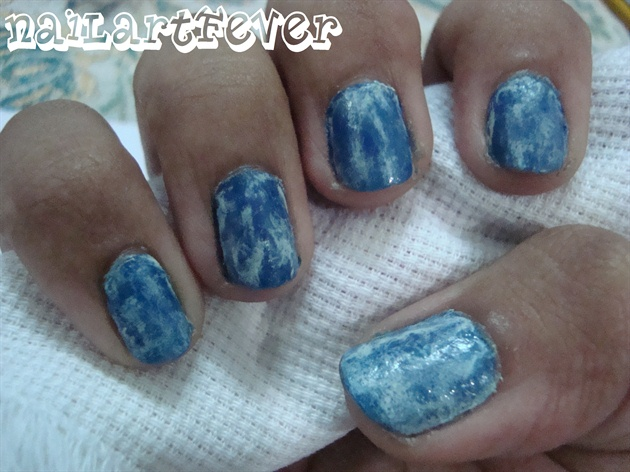Acid washed denim nails !