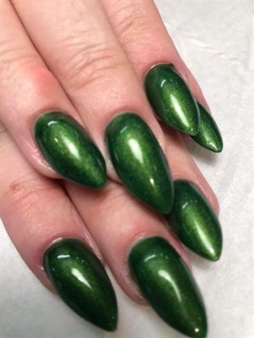 Green Pointy