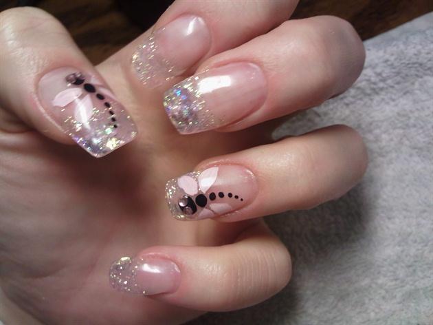 прозрачные ногти с рисунком фото