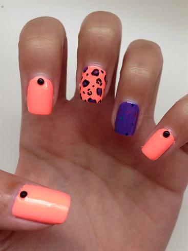 Summer Leopard Nails