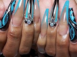 nail art: gammablue and black