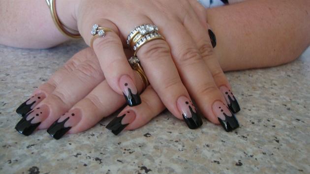 Shiny Black New Year Nails :0)