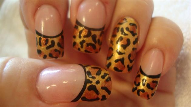 Gold Leopards