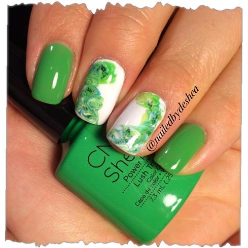 Зеленые ногти шеллак дизайн