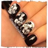 Onestroke Black & White