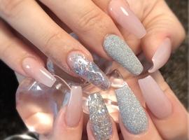 nail art: She's Beautiful