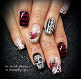 Moves Like Freddy... Halloween Nails!