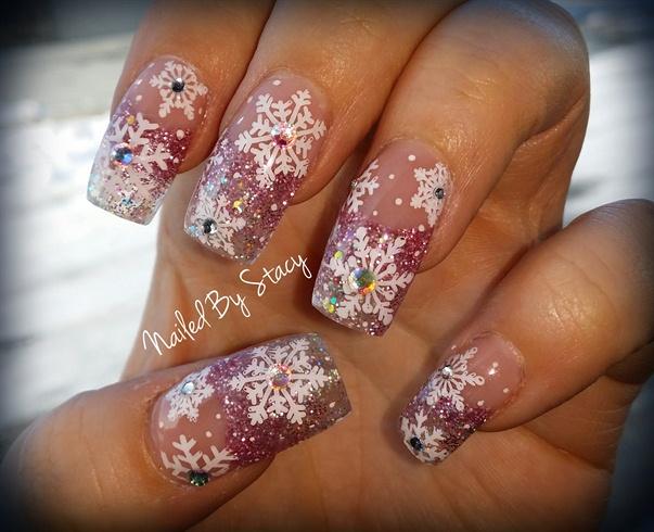 Snowflake Snowglobe Nails