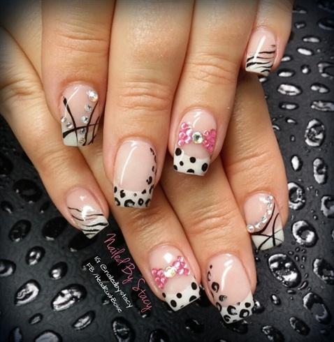 Rad Black and White nails